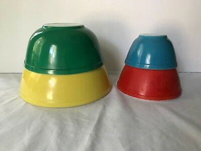 Vtg Pyrex Primary Colors Mixing Bowl Set of 4 NESTING Red Green Yellow Blue