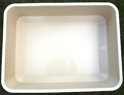 EXTRA LARGE CAT LITTER TRAY 13cm Deep Sides 55x42cm & FREE Cat Toys