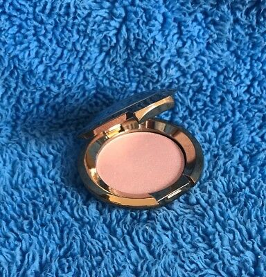 Becca Shimmering Skin Perfector Pressed In Rose Quartz -Sample 2.4g- MELB STOCK