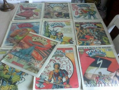 1986 job lot 10 2000AD Comics featuring judge dredd