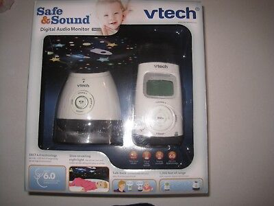 VTech DM222 Audio Baby Monitor with Glow-on-Ceiling Night Light, 1,000 ft