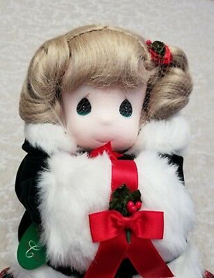 PRECIOUS MOMENTS DOLL Stephanie NEW Limited Edition Classic Collection CHRISTMAS