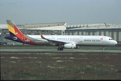 Aircraft Slide Asiana Airlines A321-231 (SL) D-AVXH c/n 7133