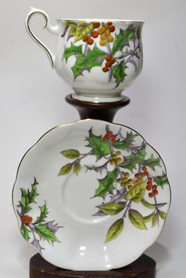 Vintage ROYAL ALBERT Bone China England FLOWER of MONTH HOLLY Set Cup Saucer #12