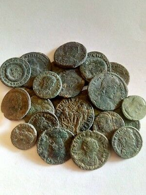 067.Lot of 25 Ancient Roman Bronze Coins,Uncleaned