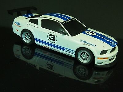 Ford Mustang Long Beach  - Ninco1 -  1:32 Slotcar / Carrera
