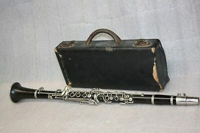 Vintage Silvertone Model #21401 Clarinet With Mouthpiece & Hard Case