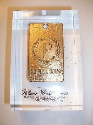 Vintage Gold PALMER HOUSE CHICAGO Key Tag Fob Lucite Presentation PAPERWEIGHT