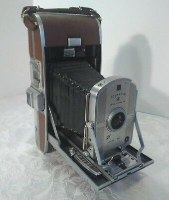 Beautiful Vintage Polaroid Land Camera Model 95A with leather case