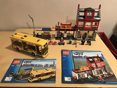 Lego City Town 7641 City Corner Retired Incomplete Pieces 2009