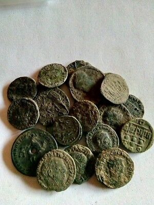 090.Lot of 22 Ancient Roman Bronze Coins,Uncleaned