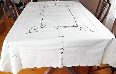 "White Tablecloth Blue Embroidered Flowers Cut Work 80x60"" Cotton"