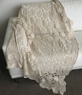 TABLECLOTH - LACE - VINTAGE/ANTIQUE - RECTANGULAR - 190 X 48cm