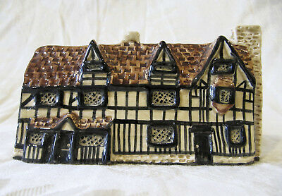 Tey Pottery SHAKESPEARE'S BIRTHPLACE STRATFORD-UPON-AVON, Britain in Miniature