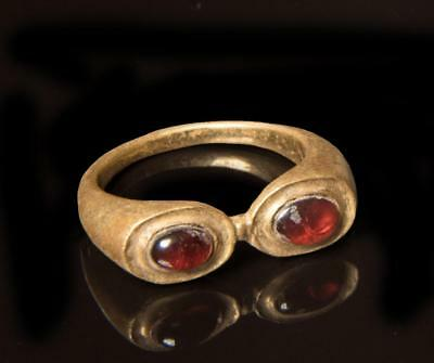 Roman Gold Ring with twin bezels and Garnets: Circa 3rd century AD.