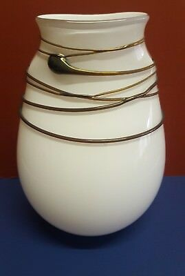 Tricia Allen Vase Cased White Glass  + Applied Irridescent String Exc Cond. 20Cm
