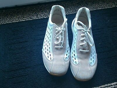 Reiker Shoes/trainers White With Peach Suede Size 4