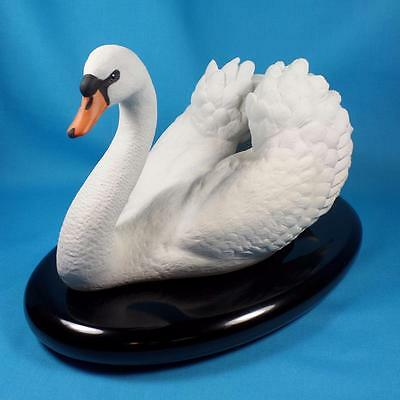 Franklin Mint Royal Swan White Bisque Porcelain Sculpture Ronald Van Ruyckevelt
