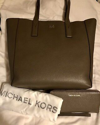 """1b6206985c36 NWT Genuine Michael Kors """"Junie"""" Large Pebbled Leather Tote w  Matching  Wallet!"""
