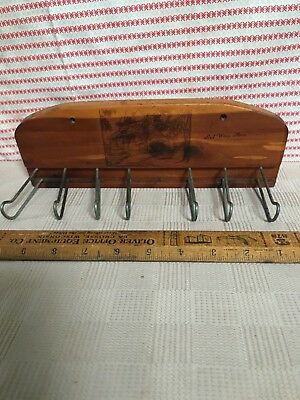 Vintage Red Wing Mn Souvenir Wood Wall Hanging key or Tie Rack Log Cabin