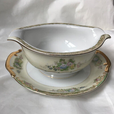 Vintage Hand Painted Meito China Japan gravy - saus boat
