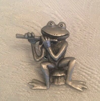 Frog Playing Flute Pin Silver