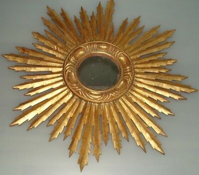 Vintage Sunburst Wall Mirror in Gilded Wood, Italy, 1950s,