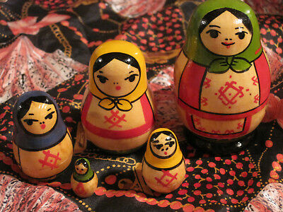Russian Stacking Doll with 5 caracters> normally $89</ free shipping #010