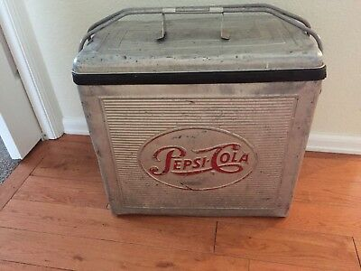 Vintage Pepsi Cola Soda Pop Advertising Metal Picnic Cooler Awesome Cool Piece
