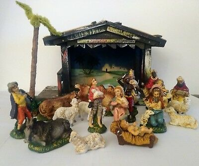 Vintage 21-piece NATIVITY set made in Italy, Wood Thatch Manger +20 figures