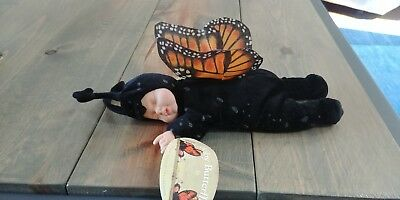 BABY BUTTERFLIES by Anne Geddes Sleeping Monarch Butterfly No. 525941