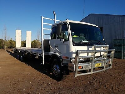 Nissan UD PKC310 Flat Top Truck with Rear Hydraulic Ramps and 24v winch