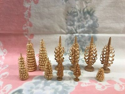 Lot of 11 GERMAN HAND CARVED ERZGEBIRGE Wooden Christmas Trees Wood Shaved