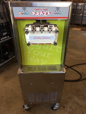Taylor model 336/27 SINGLE PHASE, SOFT SERVE, WATER COOLED 2010 MODEL VERY CLEAN