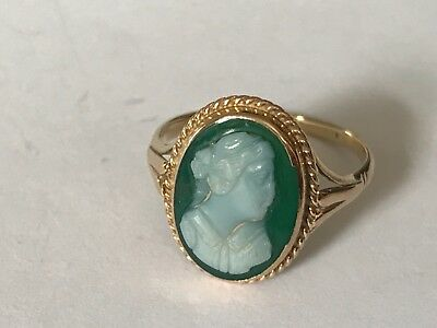 Antique Vintage 9 ct gold green hardstone Greek Roman cameo ring Size O