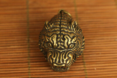Chinese Old Bronze Handmade Carved Tiger head Statue pendant