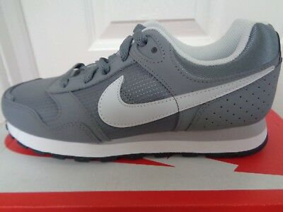 quality design 79898 bf3a1 Nike MD Runner (GS) trainers sneakers 629802 001 uk 3 eu 35.5 us 3.5