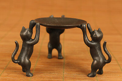 Rare chinese old Bronze three cat statue oil lamp Candle stick in good condition