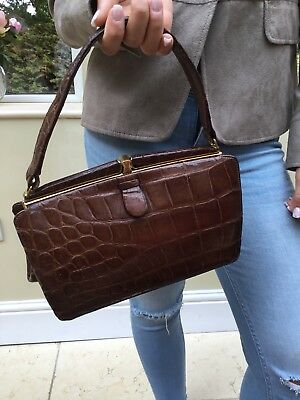 Vintage Crocodile Skin Hand Bag. Stunning. Great Condition