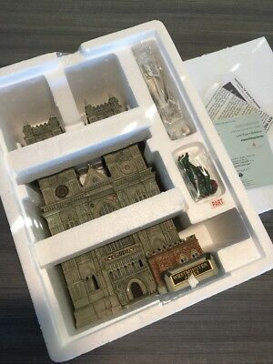 Dept 56 Dickens Village Series Westminster Abbey Porcelain Building  NIB