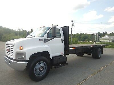GMC C7500 Duramax Diesel 26ft Flatbed Allison Automatic Stake Rack Body 2006