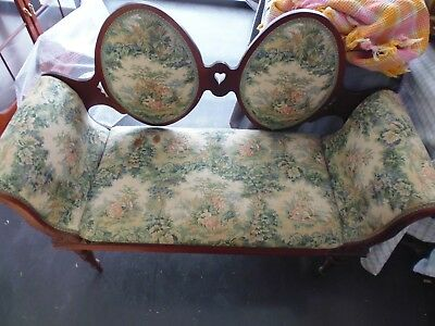 Vintage Love Seat - French Toile