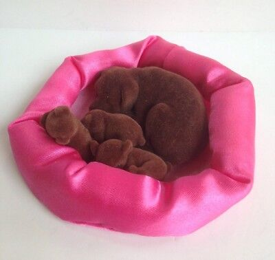 Vintage Puppy In My Pocket Brown Labrador Dog Family Set & Pink Satin Bed 4 figs