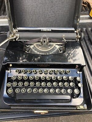 1930's  Smith Corona Standard Portable Typewriter, Glossy Black Flat-Top