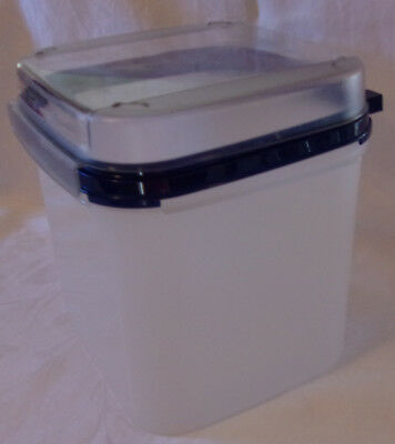 Tupperware Modular Mate Square 4 With Grid