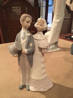 """Lladro #4808 """"Wedding"""" Bride and Groom, 7.75"""" Tall, Perfect Condition"""