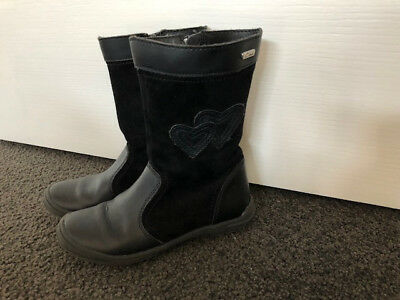 girls black boots - Ciao size 30 or AU size 12