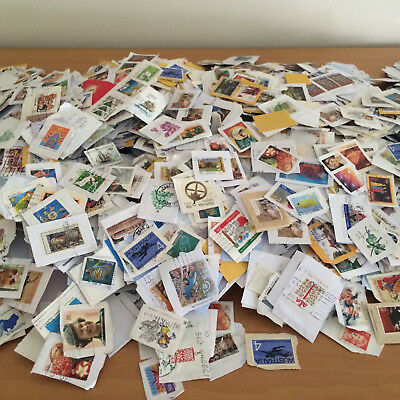 100 pieces of Australia Kiloware Great Mix of Issues Old & New stamps on Paper