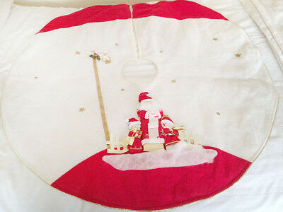 60's  Vintage Applique Christmas Tree Skirt Santa and Helpers  88 cm  lined  VGC