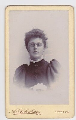 Victorian cdv photo young lady pince nez Cowes Isle of Wight  photographer